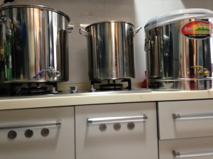 Sparge water and mash ton ready to go...