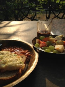 breakfast before the hike.